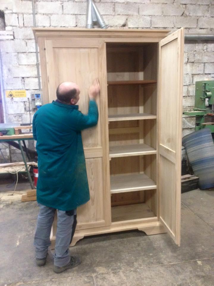 Produzione lunardi mobili for Produttori di mobili